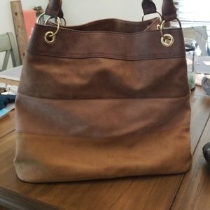 Bags - Leather purse with Floral inside excellent